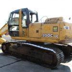 2004-deere-200clc-5